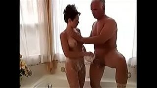 HOMEMADE  OLD – MATURE MARRIED COUPLESS DILDO ORGASM