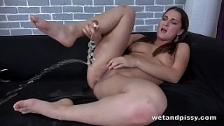 Wetandpissy – The Gusher – Pussy Pissing